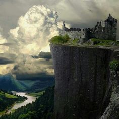 Cliff Castle Ruins, Germany