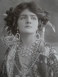 Miss Lily Elsie Real Photo Postcard Glamour Pose Wearing Lots of Jewellery
