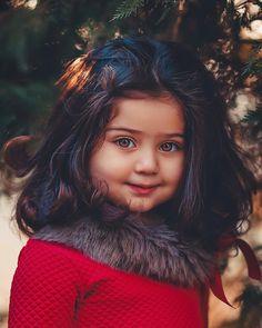 Keep the best memory of your loved baby! Cute Baby Girl Pictures, Cute Girl Pic, Cute Little Girls, Cute Photos, Cute Kids, Cute Babies, Beautiful Baby Girl, Beautiful Children, Precious Children