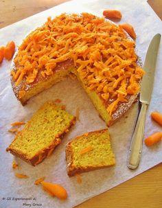 La Torta di Carote. Classica ma non troppo.  #carrotcake