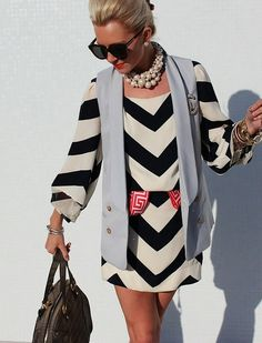 vestido dress trend estampados geométrico geometric pattern chevron stripes blanco negro black white chaleco sleeveless perlas pearl sunglasses accesorios accessories moda fashion miraquechulo