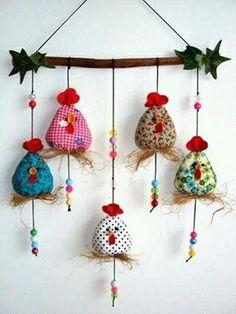 Hühner oder kleine Vögel autour du tissu déco enfant paques bébé déco mariage diy et crochet Felt Crafts, Easter Crafts, Fabric Crafts, Sewing Crafts, Diy And Crafts, Sewing Projects, Christmas Crafts, Craft Projects, Crafts For Kids