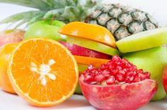 Para depurar el organismo evita grasas saturadas, alimentos procesados y/o a base de harinas refinadas, alcohol, tabaco, cafeína... Así, también aumentarás tus defensas.