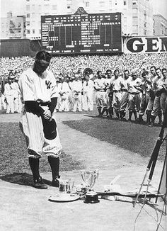 "Lou Gehrig - ""I consider myself the luckiest man on the face of the earth..."" - ""The Speech"""