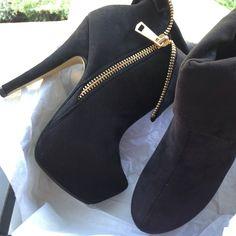 Side zip booties