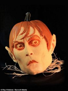 wow... a pumpkin carving