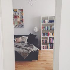 sneak a peek into my living room #instahome #inspo4you #interior #interior4all #myhome #potd #chandelie #lamp #books #agathachristie #fanatic #life #love #home #poe #sneakapeek #opendoors #black #white  #urbanara #gotland @tamarappl
