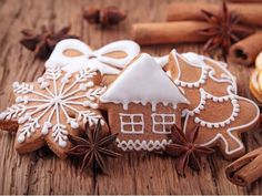 Try this gingerbread cookies recipe for your Christmas baking plans. Get the recipe at PBS Food. Christmas Treats To Make, Christmas Goodies, Simple Christmas, Christmas Baking, Christmas Time, Christmas Sweets, Gingerbread Man, Gingerbread Cookies, Gingerbread Recipes