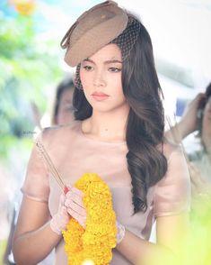 I vote Yaya Urassaya Sperbund from Thailand to Lovely Girl Image, Girls Image, Girl Photo Poses, Girl Photos, Thai Princess, Pretty Asian Girl, Ulzzang Korean Girl, Most Beautiful Faces, Asian Makeup