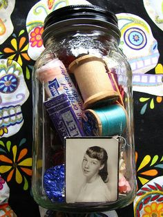 altar in a jar... I like this idea