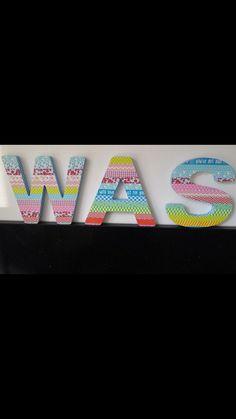 Houten/papieren letters met Washitape