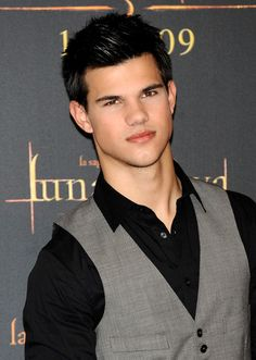 What Happened to Taylor Lautner - Recent News & Updates  #Actor #taylorlautner #wht http://gazettereview.com/2017/04/happened-taylor-lautner-news-updates/