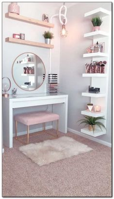 35 Amazingly Pretty Shabby Chic Bedroom Design and Decor Ideas - The Trending House Bedroom Decor For Teen Girls, Room Ideas Bedroom, Small Room Bedroom, Bedroom Hacks, Bedroom Mirrors, Master Bedroom, Teenage Bedrooms, Girl Bedrooms, Cute Room Decor