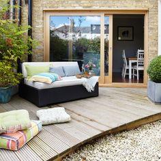 Garden terrace. Me gusta el piso así, estaría bueno a la salida de la cocina.