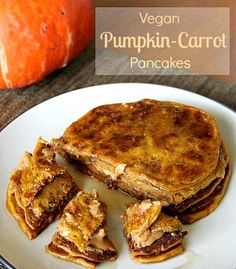 Vegan Pumpkin-Carrot Pancakes - rich, creamy flavor without any oil or fat added!