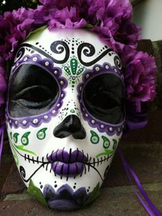 Day of the Dead hand painted decorative mask Dia de los Muertos sugar skull purple flowers Sugar Skull Day Of The Dead Mask, Day Of The Dead Party, Sugar Skull Makeup, Sugar Skull Art, Sugar Skulls, Sugar Skull Decor, Halloween Make Up, Halloween Crafts, Dead Makeup