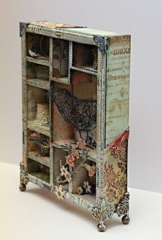Tim Holtz Configuration Box - Two Peas in a Bucket