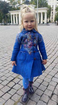 """Купить Валяное пальто """"Кокетка"""". Павловопосадский платок. - тёмно-синий, мажорик, павловопосадский платок"""