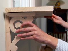 DIY's How to Build a Pet Window Seat