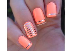 15 idées nail art : les stripes font leur show – NagelDesign Elegant ♥ Orange Nail Designs, Toe Nail Designs, French Nails, How To Cut Nails, Nailart, Manicure Y Pedicure, Orange Nails, Beautiful Nail Designs, Rhinestone Nails