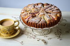 The Spoon and Whisk: Rhubarb and Custard Cake