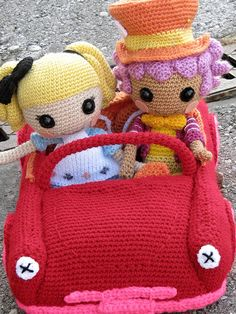 Lalaloopsy crocheted car    Of course this car cannot belong to only one of my dolls.  Alice and Wacky Hatter wanted to go an a little trip together, and so you can see this car has space for two crocheted dolls!^^