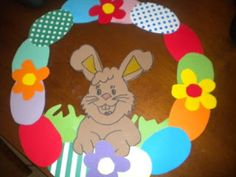 Crafts,Actvities and Worksheets for Preschool,Toddler and Kindergarten.Lots of worksheets and coloring pages. Greenery Wreath, Boxwood Wreath, Easter Crafts, Crafts For Kids, Arts And Crafts, Wreath Crafts, Tole Painting, Easter Wreaths, Spring