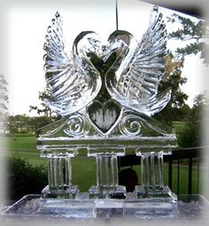 Ice Occasions of Houston-Beautiful ice sculpture for any event
