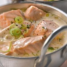 A blanquette of salmon in no time, it is possible: quickly, the recipe! - Fradin - - Une blanquette de saumon en un rien de temps, c'est possible : vite, la recette ! Blanquette of salmon Fish Recipes, Seafood Recipes, Great Recipes, Cooking Recipes, Healthy Recipes, Punch Recipes, Grilled Recipes, Cooking Tips, Food Porn