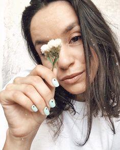 """Solange✨ no Instagram: """"QUE TAL AS MINHAS UNHAS? Sempre que partilho com vocês as minhas unhas é motivo de orgulho. Sabem porquê? Porque sempre que estou ansiosa…"""""""