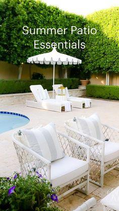 Outdoor Spaces, Outdoor Living, Outdoor Decor, Girl Bathrooms, Rooftop Design, Amazing Life Hacks, Patio Makeover, Home Landscaping, E Design