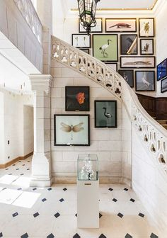 Be inspired by these one-of-a-kind entryways that will definitely make a strong statement |  Like musume showcase  #modernhouseinteriordesign #contemporaryinteriordesign #interi