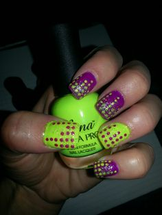 Neon nail design. Dots!