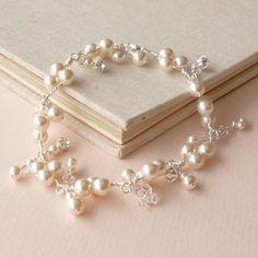 Perle Bracelet mariage bijoux Cluster par jewellerymadebyme sur Etsy