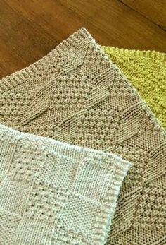Great texture in a little knit: Knitted cotton towels free pattern.