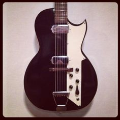Silvertone Guitar   Flickr - Photo Sharing!  Hey, I started on a Red two pick up Silvertone at 12 years old! Love it!