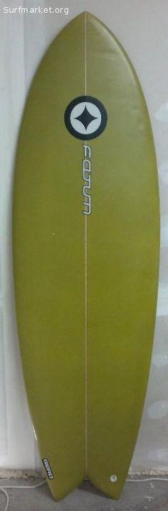 Fatum 5'11 x 21 5/8 x 2 5/8 - c/quilhas Future    Transporte para Espanha  20€