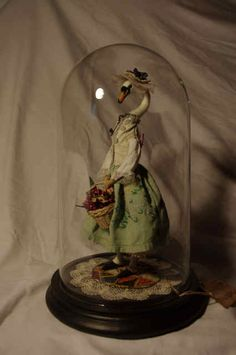 Lovely, curvy neck--not to mention the rest of this swan doll.