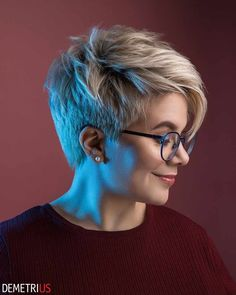 40 Latest Short Pixie Hairstyles For Women - #40 #for #Hairstyles #Latest #Pixie #short #Women Curly Hair Styles, Short Hairstyles For Thick Hair, Short Hair Cuts For Women, Latest Hairstyles, Cool Hairstyles, Women Hair Styles, Hairstyle Ideas, Hair Ideas, Ribbon Hair Ties