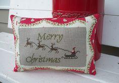 Moon Pie Primitives; Merry Christmas pillow (excellent finish!)