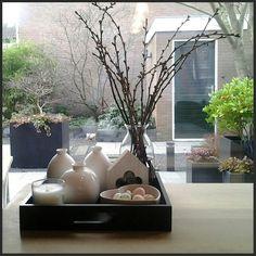 decoratie: Eindelijk heb ik ook een dienblad met rommeltjes / decoration: wooden tray