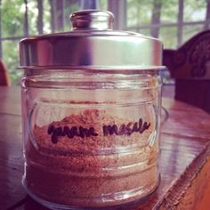 Everyday Champagne: make your own garam masala out of spices you probably already have in your kitchen! It's so fast and so easy!!