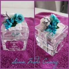 5×5 mika kutu da jel mum.kurdela,inci ve yapay çiçeklerle hazırlanmış jel mum hediyelik Gel Candles, Wedding Candy, Husband, Gifts, Souvenirs, Presents, Favors, Gift