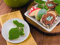 Learn how to create a realistic moss effect on your cookies with this easy tutorial from SemiSweet Designs