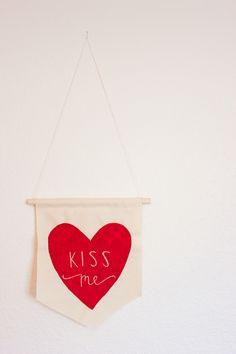 valentine, valentine's day, kiss me, kiss me banner