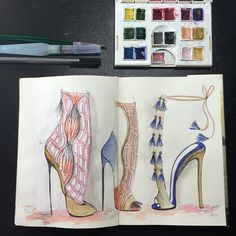 Watercolor details   #bebashoes #bebashoesblog #sketchbook #sketchshoe #sketchtime #sketchoftheday  #itshoes #shoeart #drawingshoes #drawing #desenho #dibujo #womanshoes #shoedesigner #fashionblogger #love #loveshoes #shoeaddict #shoesdraw #portugueseshoedesigner #footweardesign #watercolorshoes