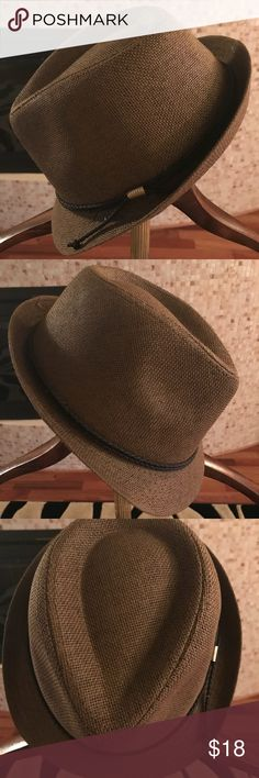 Brown Straw Band Fedora Hat Brown Straw Fedora Hat This item is new and in excellent condition. Accessories Hats