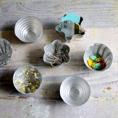 Set of Vintage Molds from Trampoline: clever stora
