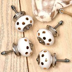 Online handmade ceramic dotted knobs at discounted price. We have more varieties in ceramic knobs. For details visit on our website. Kitchen Pulls, Ceramic Knobs, Handmade Ceramic, Door Knobs, Chrome, Doors, Ceramics, Website, Ceramica