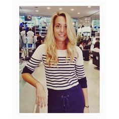 ✨ Buonasera Signorina, buonasera! ✨  #aldocoppola #gocoppola_terraggio #gooevening #buonasera #miss #signorina #young #youth #shine #blonde #blondie #pretty #sing #song #singing #havefun #stripes #hairstyle #haircare #hairstylist #tophairstylist #work #working #citylife #milano